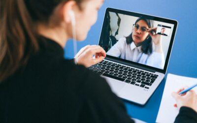 Assistentes virtuais podem trabalhar na área de recursos humanos de casa